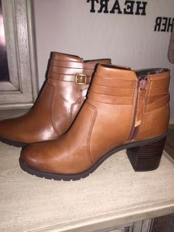 CLARKS ARTISAN WOMENS MALVET MARIA Ankle Boots Dark Tan Leat