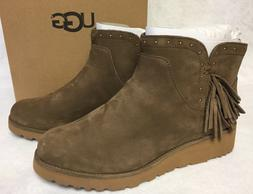 Ugg Australia Cindy Dark Chestnut Womens Leather Ankle Boots