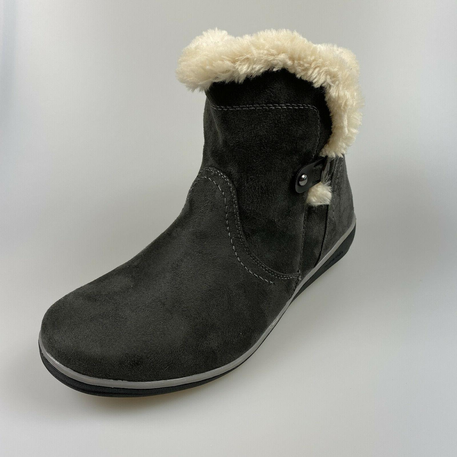 $69 NEW Women's 8 Suede Boots Feax Fur