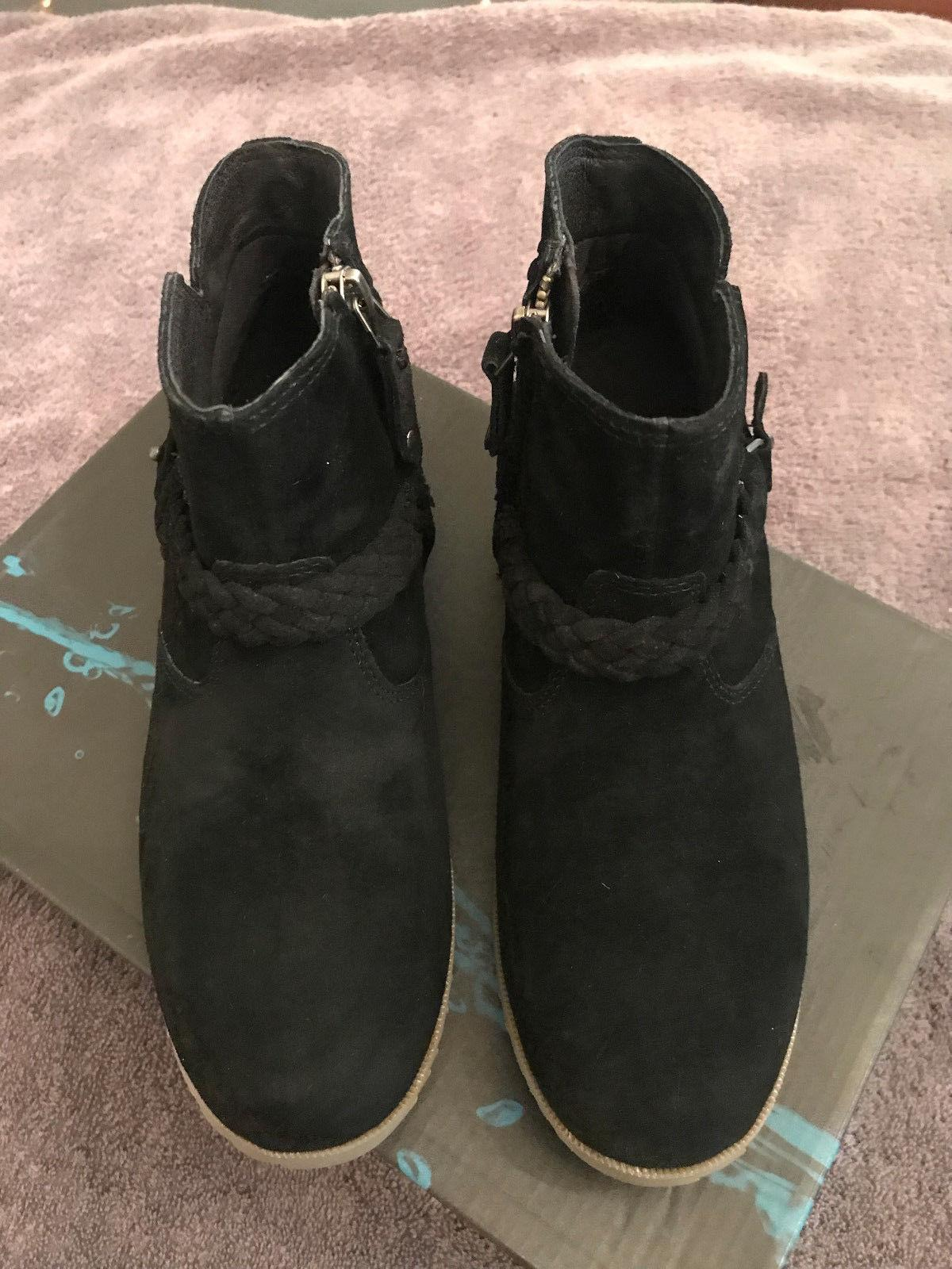 Teva Women's Delavina Black Suede Ankle Boots, Size 7M, NIB