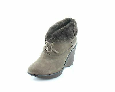 B. Makowsky New Nellie Beige Womens Shoes Size 8.5 W Boots M