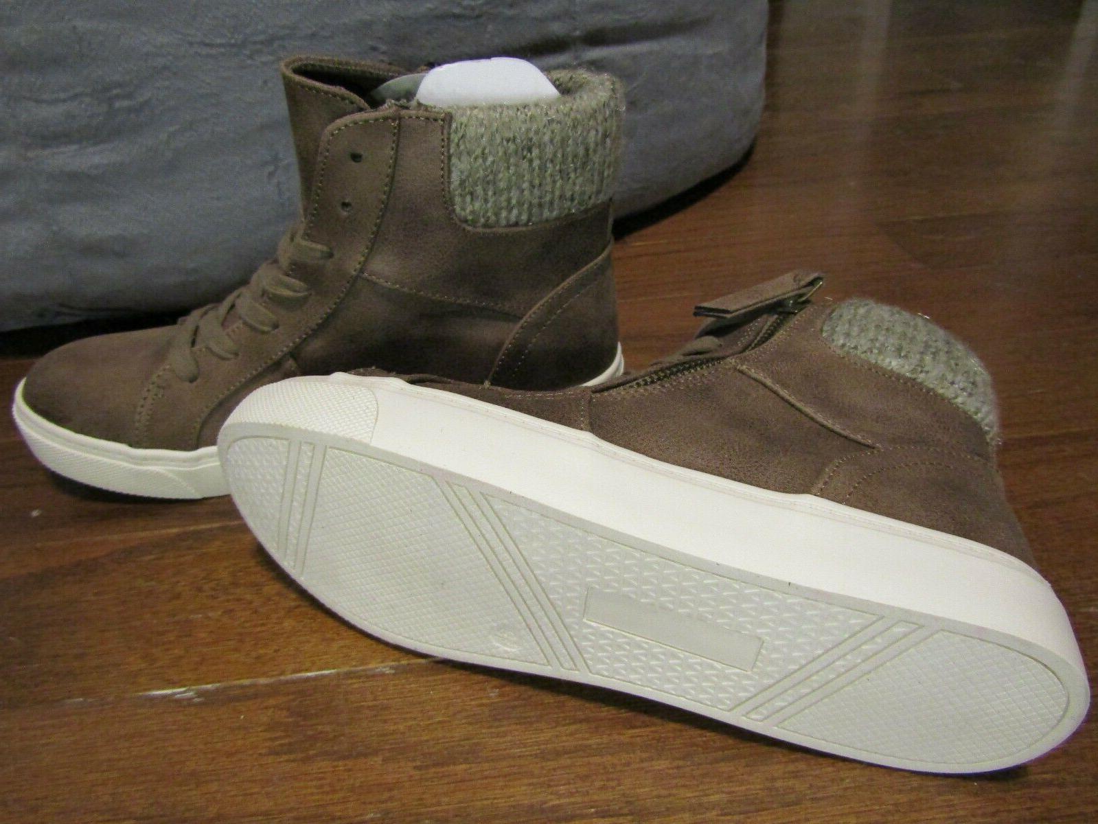 Hi Top Boots Size 6.5