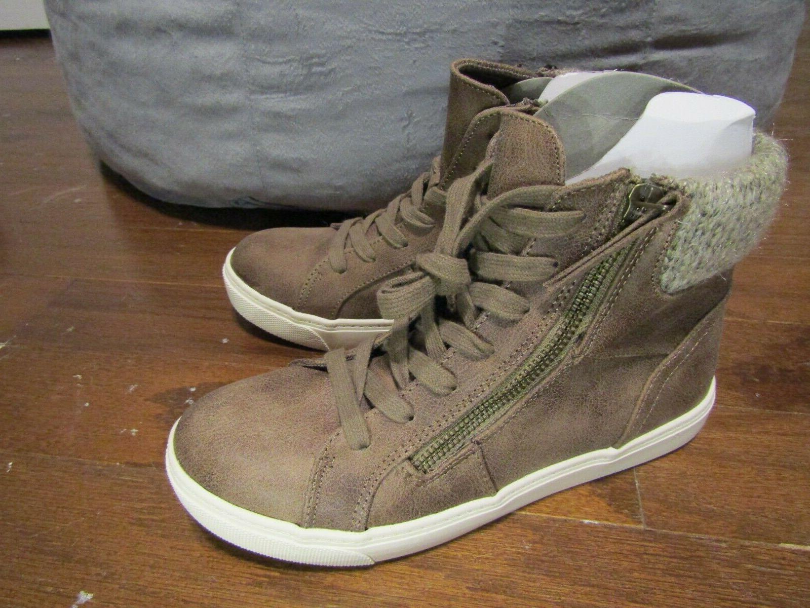 Curfew Hi Boots / Size