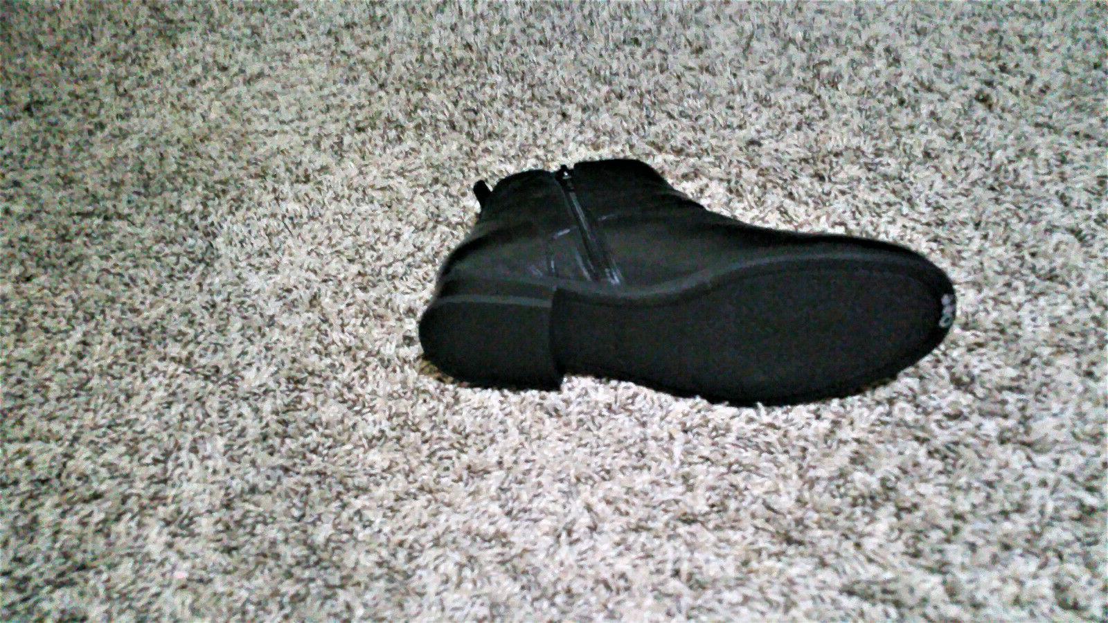 NWOB- VIONIC Logan Ankle 8.5M Black