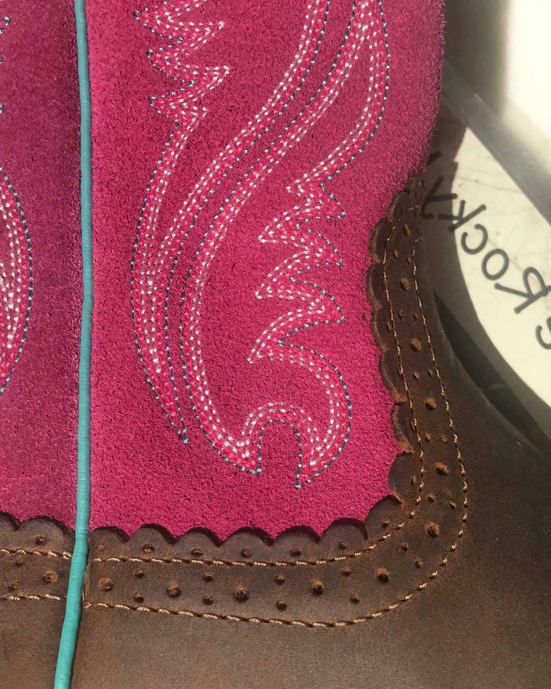 Ariat Boots Western/riding sizes 8
