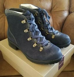 CLARKS Ladies Leather Water Resistant HIKING BOOTS Navy Sz 7