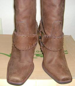 New Steve Madden Hailee Womens Strap Brown Distressed Leathe