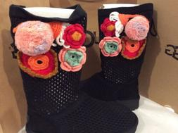 New in box UGG Crochet Classic Black BOOTS, size  6 women's