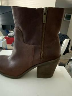 New Lucky brand womens boots