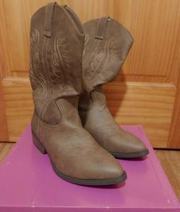 New Womens Rampage Wamblee - Faux Leather - Taupe Cowboy Boo