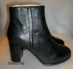 NIB Vionic Women's Perk Kennedy Heeled Boots Black Leather S