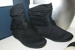 NWOB Womens RAMPAGE black flat Ankle BOOTS faux suede fabric