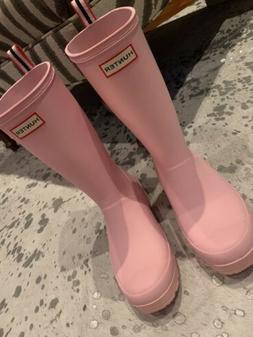HUNTER  RAIN BOOTS PINK SIZE 8 US NWOB