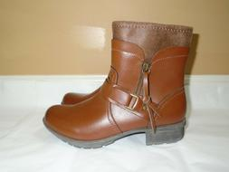 Clarks Riddle Avant Ankle Side Zip Boots Women's SZ 8 New