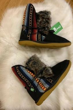 🎁Sanuk TRIPPER FLURRY Womens Sz 7 Chukka BLACK Boots Fur