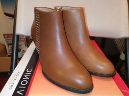 Vionic Upright Upton Heeled Ankle. woman 7