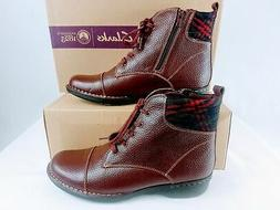 CLARKS Whistle Bea Ankle Boots in Burgundy Tumbled - Size 10