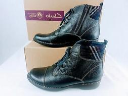 CLARKS Whistle Bea Ankle Boots in Navy Tumbled - Size 10 US