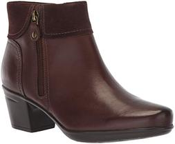 CLARKS Women's Emslie Twist Fashion Boot, Brown Leather/Sued
