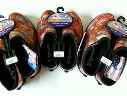 Sloggers Women's Garden Shoe, Red Paisley