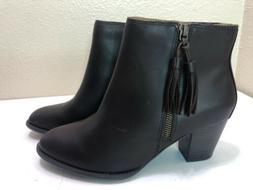 Vionic Women's Madeline boots Women's Size 9