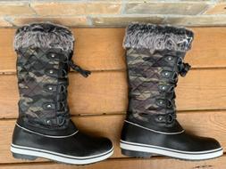 ALEADER Women's Waterproof Winter Snow Boots Black Camo  Siz