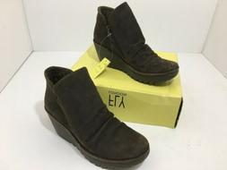 Women's Fly London Yip P500505035 Oil Suede Ankle Boots size