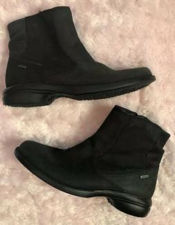 Merrell Womens Black Ankle Waterproof Boots Size 6.5